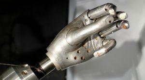 minskys_robot_arm_late_1960s_view_3_-_mit_museum_-_dsc03764